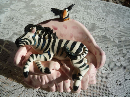 "VTG VICTORIA SEXTON ""1995 LOUNGING ZEBRA W/TOUCAN"" WHIMSICAL POTTERY SCULPTURE!"