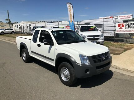 Holden rodeo extra cab