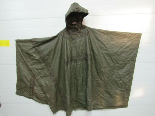 US GI Original early poncho good condition 1968 dated Vietnam   (PHO)