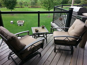 Swivel patio chairs and table