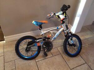 "Boys hot wheels 16"" bike"