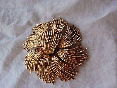 Vintage Gold-tone Monet Cordelia Flower Brooch Pin