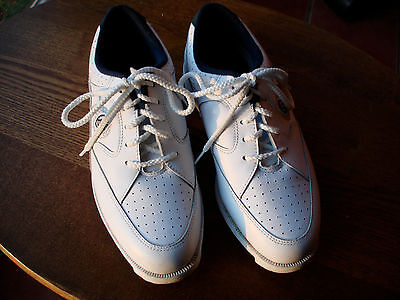 Foot Joys Soft Joys White Lace Up Golf Shoes w/ Rubber Spikes EUC 6M Blue Trim