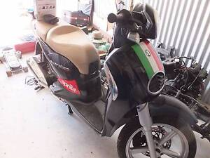 WRECKING 2014 APRILIA SCARABEO 200IE ALL PARTS AVAILABLE Singleton Singleton Area Preview