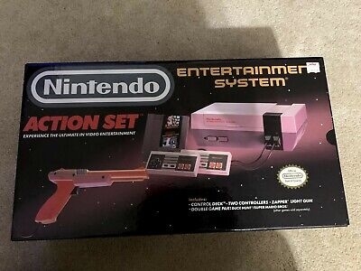 Nintendo Entertainment System NES Action Set including original Box / Styrofoam