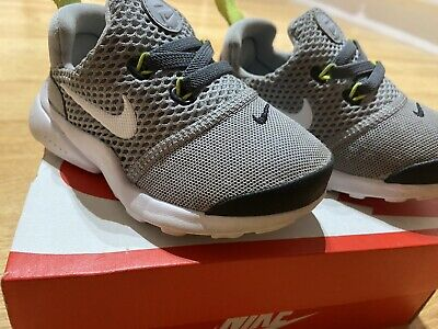Nike Infants Presto Grey / White Uk5.5 Used