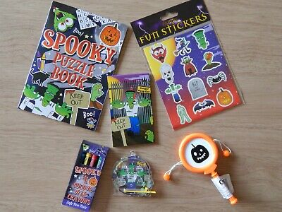 Halloween Goody Bag Items (Halloween 6 Items Activity Pack Party bag Fillers Gift Toys Small Trick or)