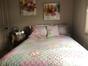 Double bedspread with matching pillowcases