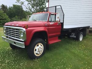 1976 Ford F-600 4x4