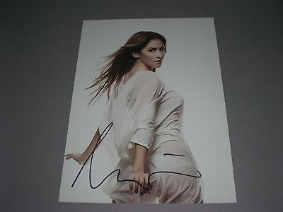Aynur Aydin  signed signiert autograph Autogramm auf 20x28 Foto in person