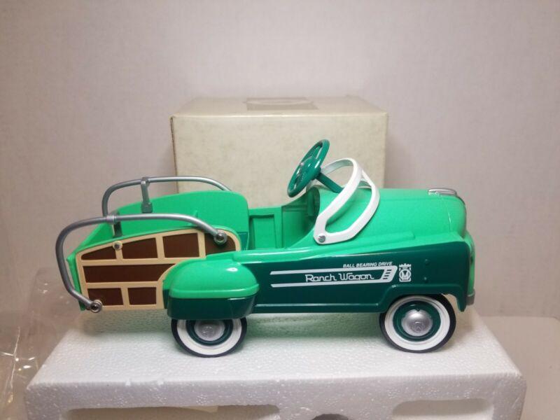 New in Box Hallmark Kiddie Car Classics 1993 Murray Station Wagon Green