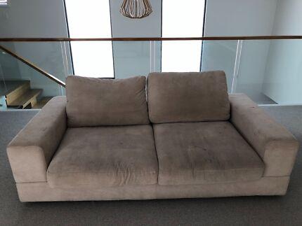 King Furniture Jasper Sofa