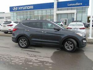 Hyundai 2016 Santa Fe Sport 2.4L AUTO,GAR. 2022 OU 120000 KM CRU