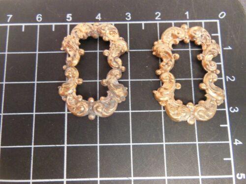 Brass Scroll/Cartouche Frame w/patina (x2) jewelry stamping  (osb204)
