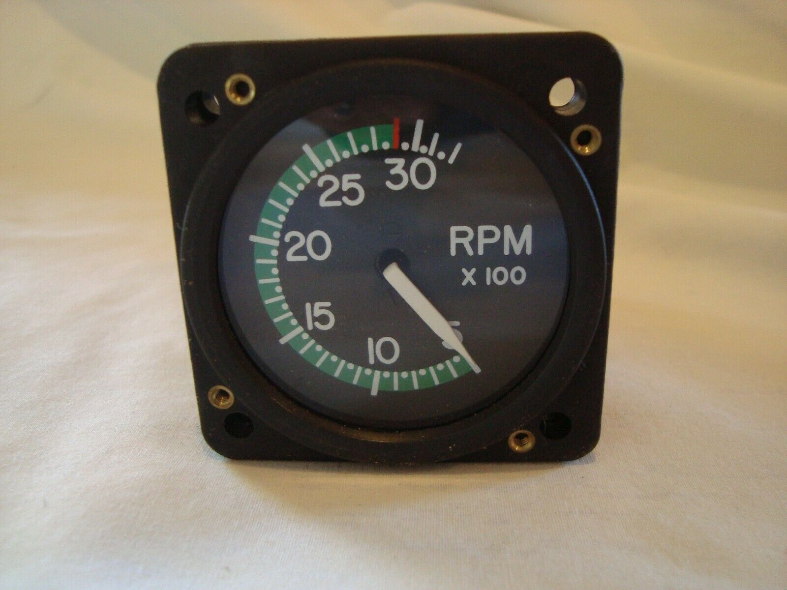 B&D Instruments Tachometer P/N 0513-010 Aviation Cessna Aircraft