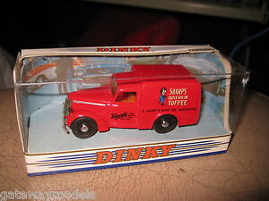 MATCHBOX-DINKY-1-43-DY-8-1948-COMMER-8-CWT-VAN-SHARPS-TOFFEE-OLD-SHOP-STOCK