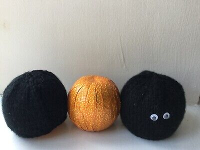 LUMP OF COAL  Chocolate orange cover   knitting pattern ONLY christmas (Chocolate Coal)