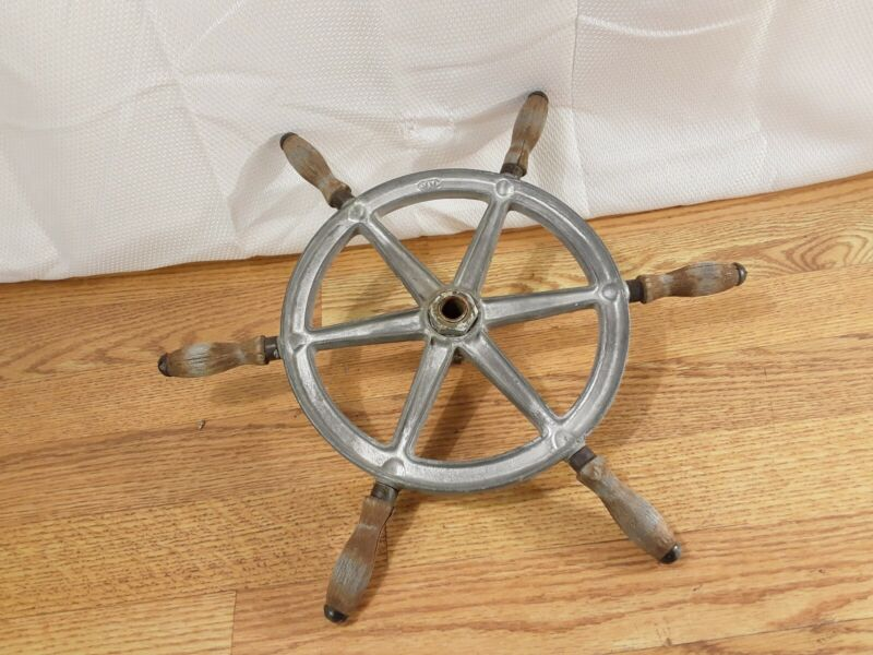 """Vintage WC Wilcox Crittenden 16"""" Boat Steering Wheel See Pictures"""