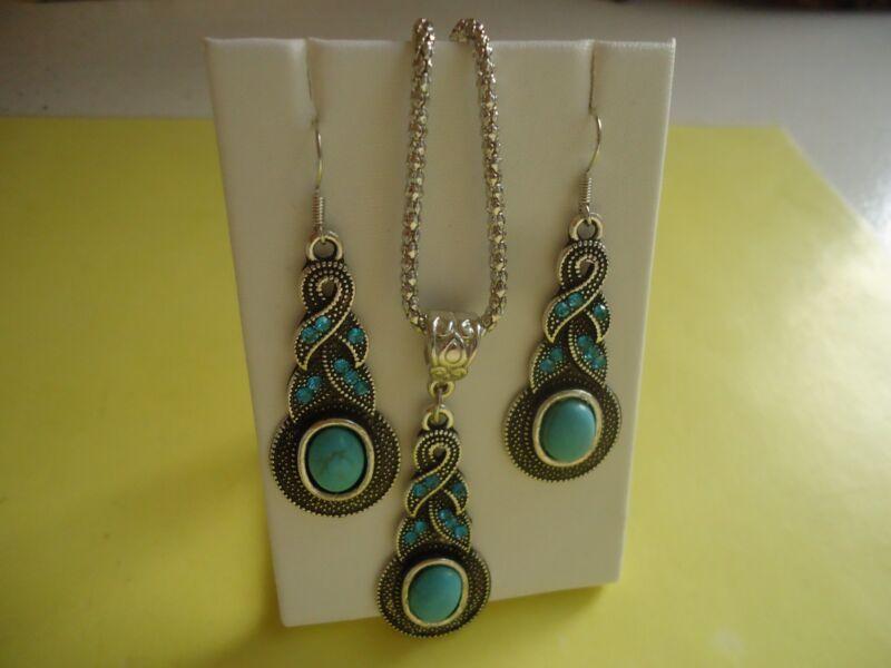 Lot 3 PC Set Blue Rhinestone Necklace W/Pendant & Earrings Silver Tone   #275.