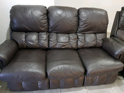 3 seater couch and 2 recliners