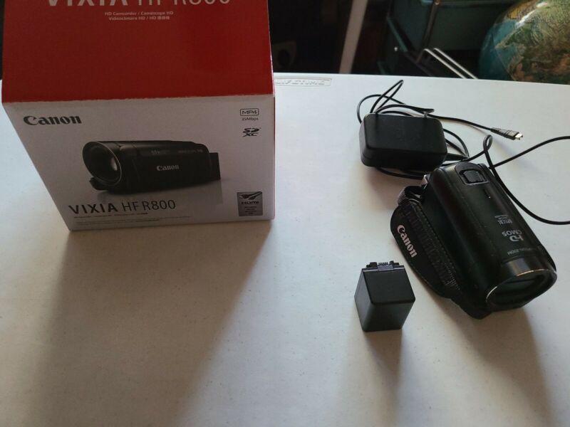 Canon VIXIA HF R800 Video Recording Handheld Camcorder Full HD 57x Zoom - Black