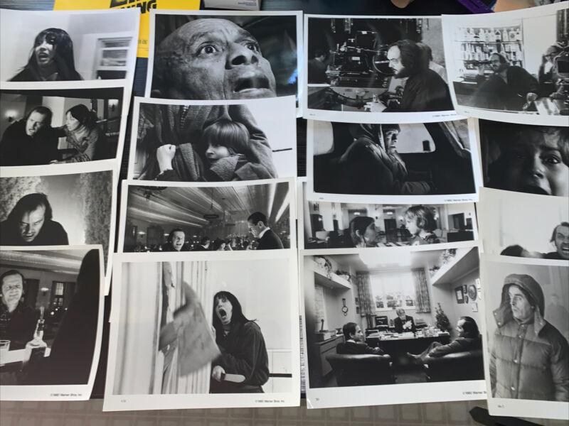 THE SHINING MOVIE PRESS KIT - 18 PHOTOS STANLEY KUBRICK JACK NICHOLSON