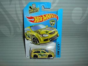 Details about 2014 HOT WHEELS ''HW CITY'' #19 = AUDACIOUS = YELLOW int ...