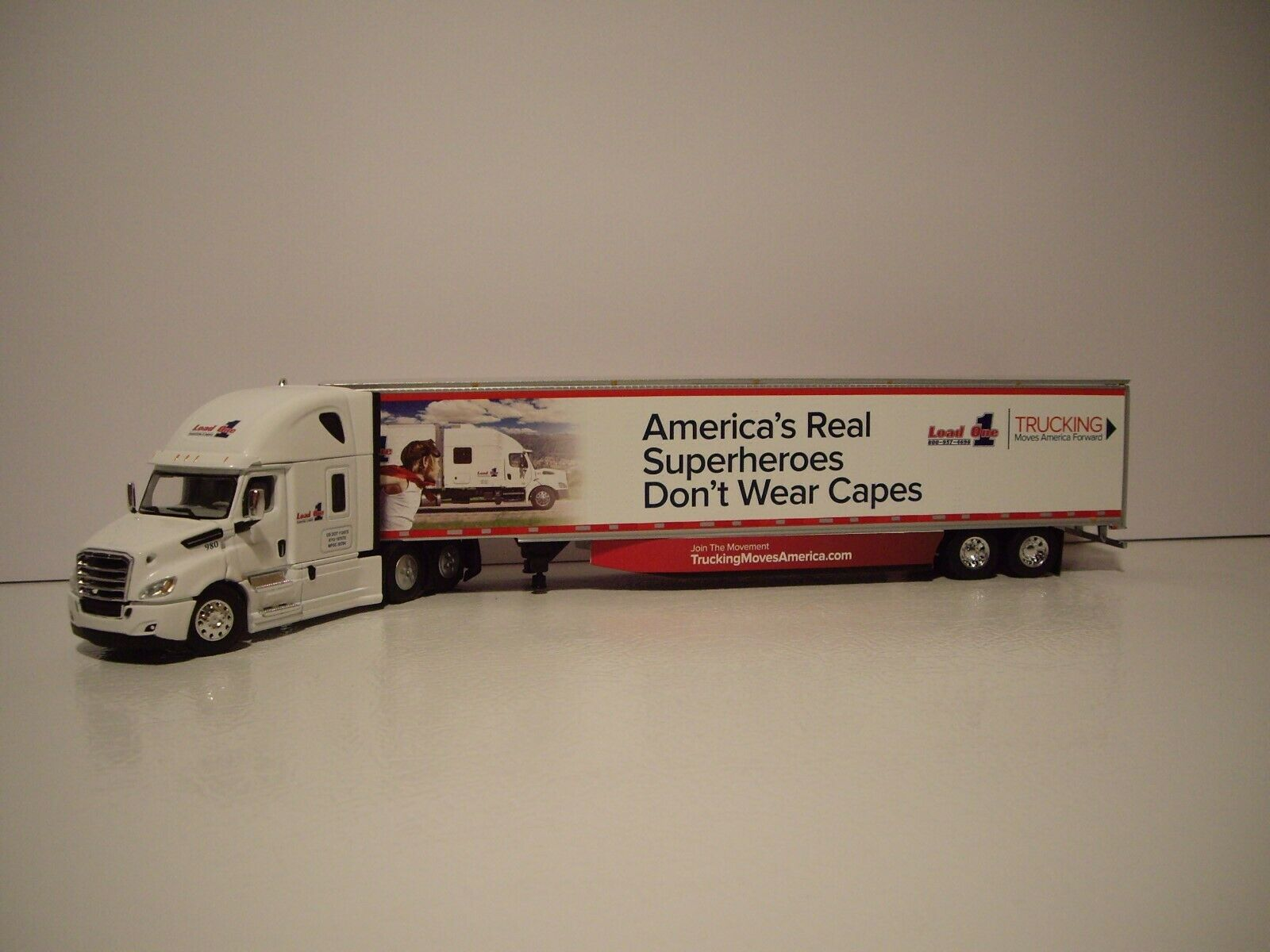 DCP 1/64 LOAD ONE FREIGHTLINER CASCADIA WITH HIGH ROOF SLEEPER AND 53' DRY VAN