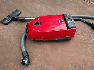 Miele S290 vacuum cleaner Grovedale Geelong City Preview