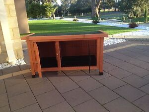 Near new Rabbit/ Guinea pig Hutch Wanneroo Wanneroo Area Preview