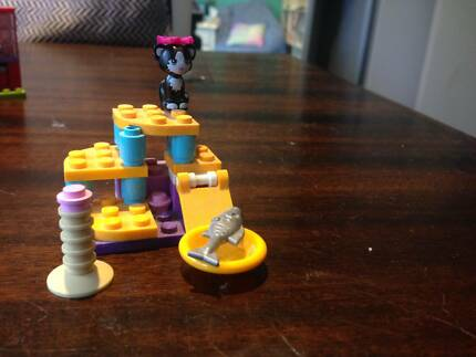 Lego Friends Cats Playground 41018 Retired Toys Indoor
