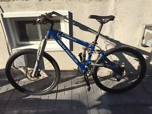 "Rocky Mountain ETSX 30 15"" Mountain Bike"