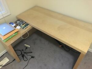 brand new desk(60%off)
