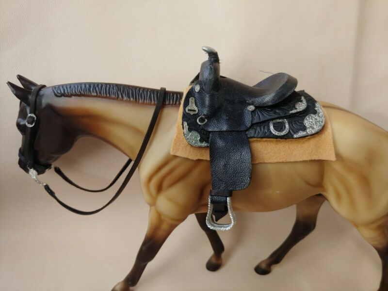 Traditional sized 1:9 breyer western show saddle breyer horse tack, toy saddl