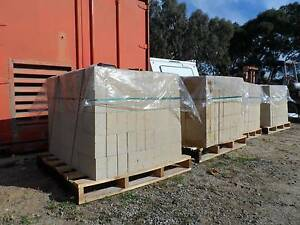 $2.60 LIMESTONE BLOCKS 290x162x90 or $250/100 Kelmscott Armadale Area Preview