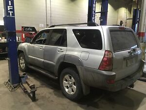 2003 toyota 4runner v8 4x4 low mileage! Quick quick