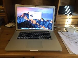 "Macbook Pro 15"" Écran HD, 4GB Ram, 750GB HDD"