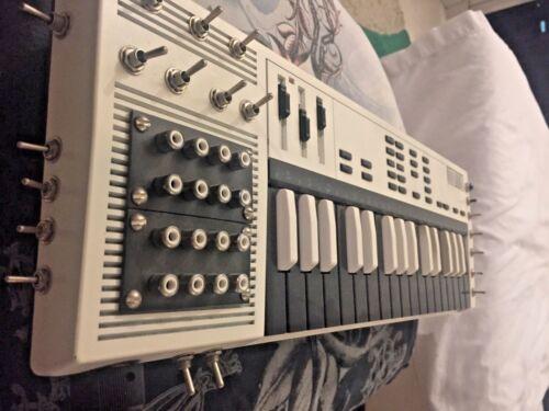 CIRCUIT BENT CASIO SK-1 sampling keyboard