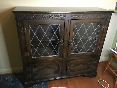 Vintage Wooden Oak Leaded-Glass Door Cabinet