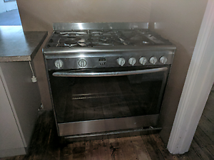 Omega 900mm free standing stove and oven - gas Bentleigh East Glen Eira Area Preview