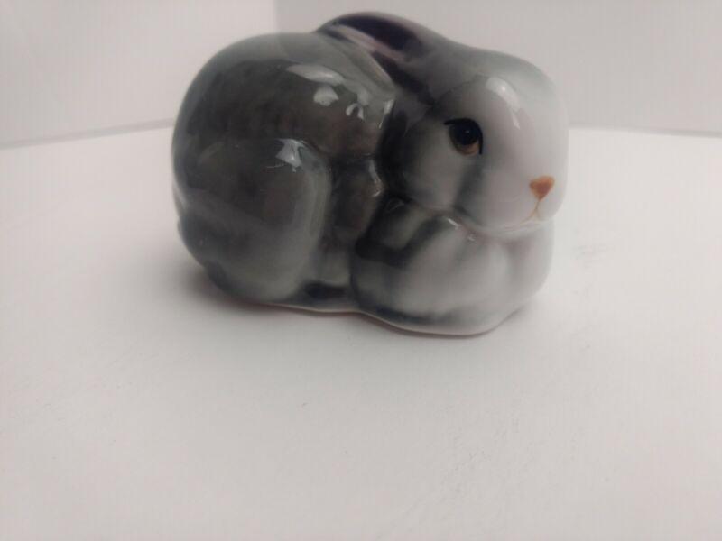 Bunny Rabbit Porcelain Figure Figurine 3 Inch EUC