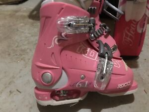 Young child adjustable downhill ski -boots