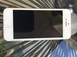 iPhone 5 (not 5s) 64gb Redland Bay Redland Area Preview
