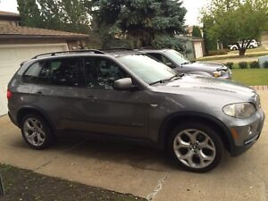 Very Nice 2009 BMW X5 w/ V8 and FULL WINTER WHEELS + TIRES
