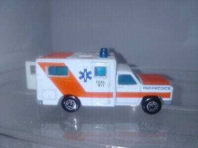 1977 MATCHBOX-White 1/64 Die Cast Chevy Ambulance
