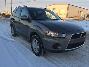 REDUCED 2011 Mitsubishi Outlander V6 AWD CERTIFIED
