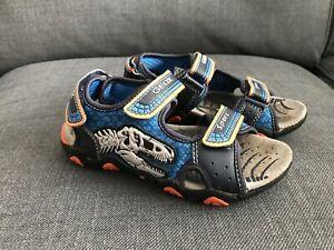 Geox sandals size 12/30