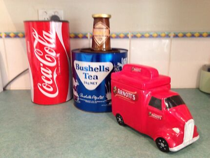 Collectables Retro 1960's and 70's Cooloongup Rockingham Area Preview