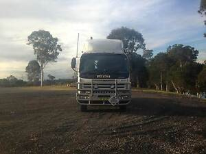 Isuzu Giga EXY Custom Cab Prime Mover Windsor Downs Hawkesbury Area Preview