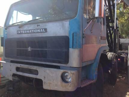 INTERNATIONAL ACCO T-2650 HOOKLIFT & BI FOLD